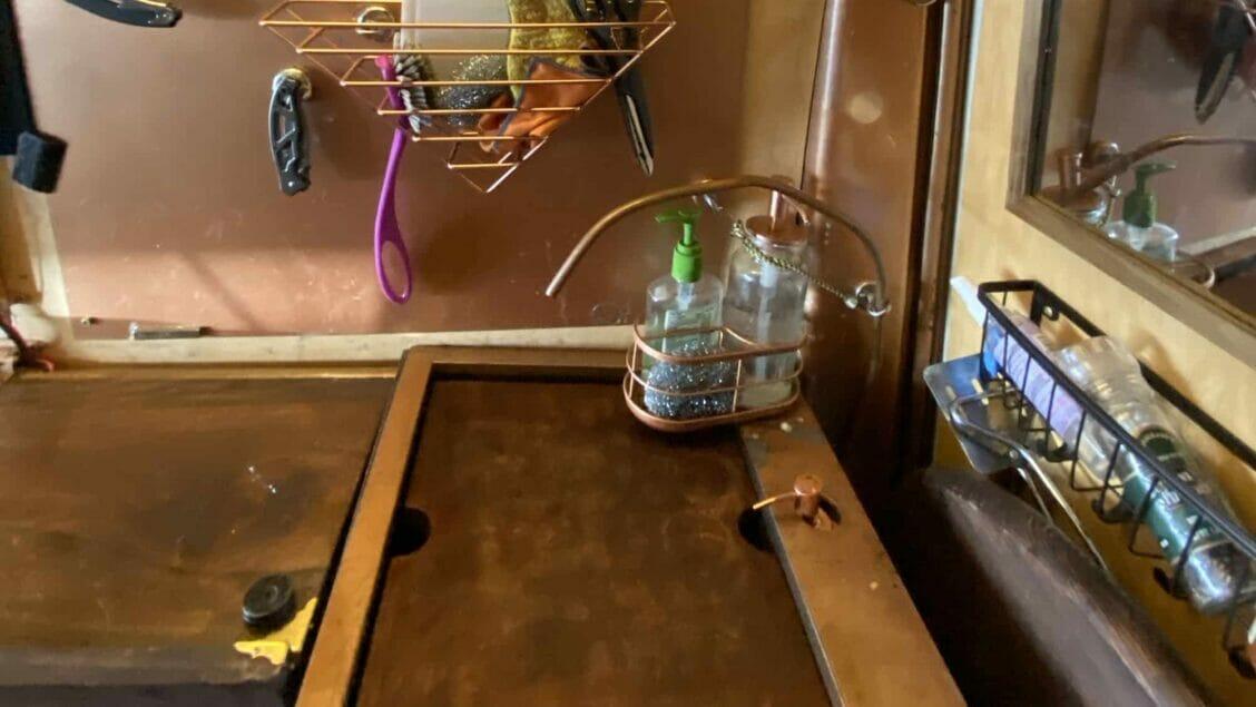 van kitchen sink
