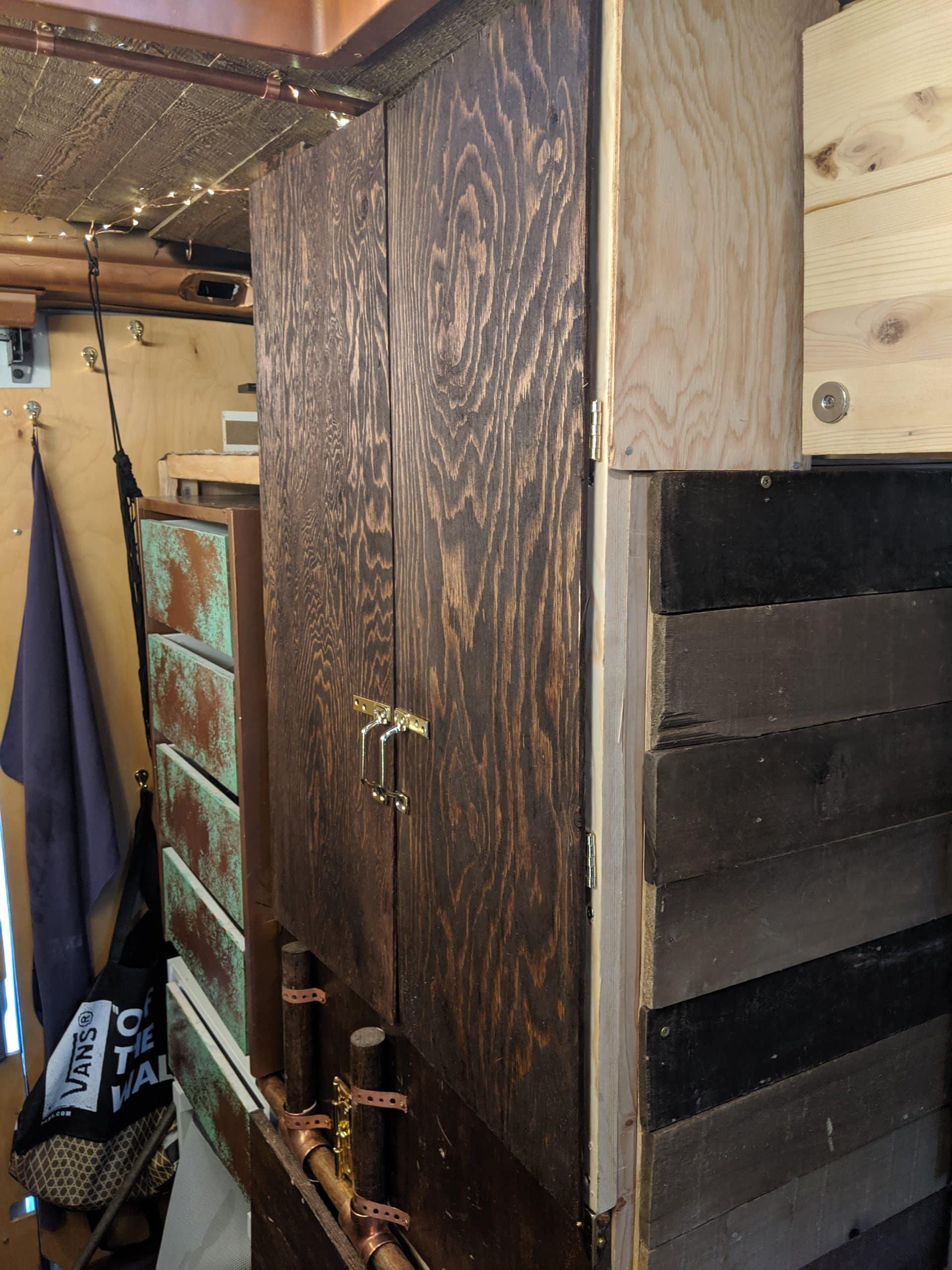 van kitchen cabinets